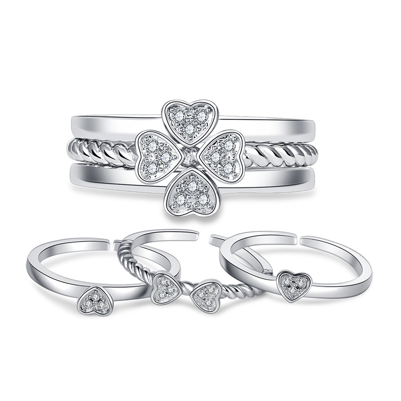 Four leaf clover ring can split three in one combination to open the Christmas / Birthday / Valentine / Wedding Anniversary gifts