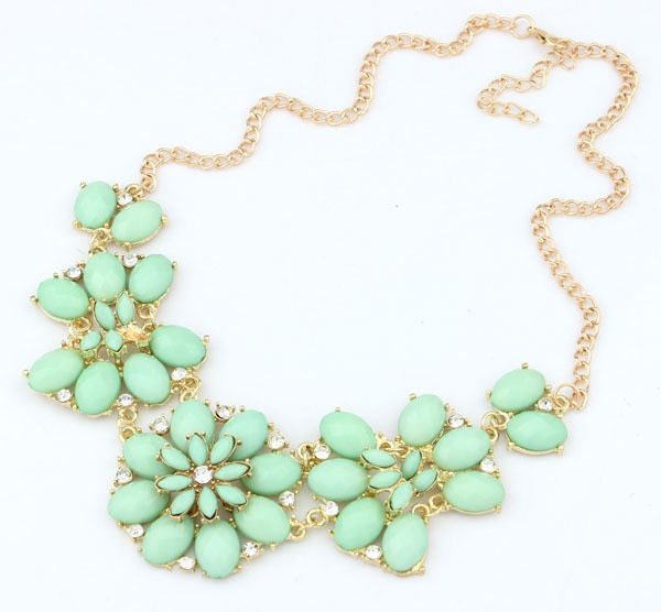 Gemstone Gold Green Flower Chain Necklace VGA07022