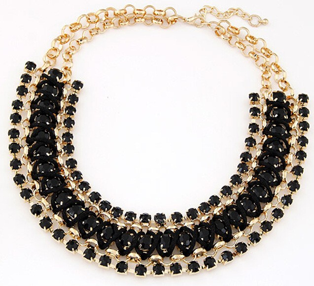 Flower Chain Layed Black Gemstone Gold Necklace VGA07023